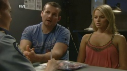 Toadie Rebecchi, Donna Freedman in Neighbours Episode 5931