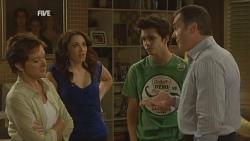 Susan Kennedy, Libby Kennedy, Zeke Kinski, Karl Kennedy in Neighbours Episode 5931