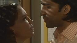 Libby Kennedy, Doug Harris in Neighbours Episode 5931