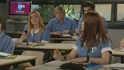Natasha Williams, Andrew Robinson, Summer Hoyland in Neighbours Episode 5932