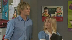 Andrew Robinson, Natasha Williams in Neighbours Episode 5932