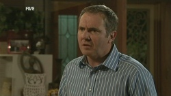 Karl Kennedy in Neighbours Episode 5932