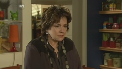 Lyn Scully in Neighbours Episode 5933