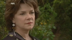Lyn Scully in Neighbours Episode 5934