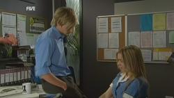 Andrew Robinson, Natasha Williams in Neighbours Episode 5935