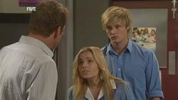 Michael Williams, Natasha Williams, Andrew Robinson in Neighbours Episode 5935