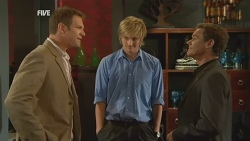 Michael Williams, Andrew Robinson, Paul Robinson in Neighbours Episode 5936