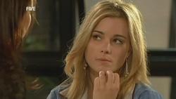 Libby Kennedy, Natasha Williams in Neighbours Episode 5936