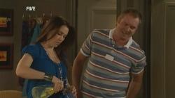 Libby Kennedy, Karl Kennedy in Neighbours Episode 5937