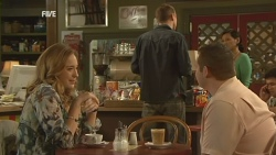 Sonya Mitchell, David Foster, Toadie Rebecchi in Neighbours Episode 5938