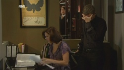 Rebecca Napier, Declan Napier, Paul Robinson in Neighbours Episode 5941