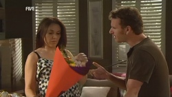 Libby Kennedy, Lucas Fitzgerald in Neighbours Episode 5941