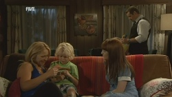 Steph Scully, Charlie Hoyland, Summer Hoyland, Toadie Rebecchi in Neighbours Episode 5943