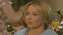 Steph Scully in Neighbours Episode 5946