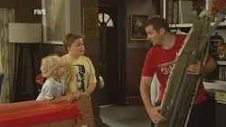Charlie Hoyland, Callum Jones, Toadie Rebecchi in Neighbours Episode 5946