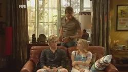 Andrew Robinson, Michael Williams, Natasha Williams in Neighbours Episode 5946