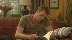 Michael Williams in Neighbours Episode 5946