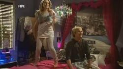Natasha Williams, Andrew Robinson in Neighbours Episode 5946