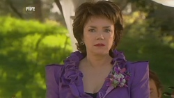 Lyn Scully in Neighbours Episode 5946