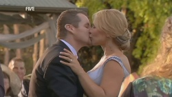 Toadie Rebecchi, Steph Scully in Neighbours Episode 5947