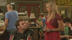 Lucas Fitzgerald, Donna Freedman in Neighbours Episode 5947