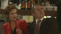 Susan Kennedy, Karl Kennedy in Neighbours Episode 5947