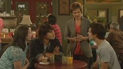Kate Ramsay, Declan Napier, Susan Kennedy, Zeke Kinski in Neighbours Episode 5949