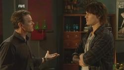 Paul Robinson, Declan Napier in Neighbours Episode 5949