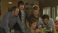 Karl Kennedy, Declan Napier, Susan Kennedy, Ringo Brown, Zeke Kinski in Neighbours Episode 5949