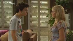 Zeke Kinski, Donna Freedman in Neighbours Episode 5949