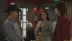 Paul Robinson, Diana Marshall, Declan Napier in Neighbours Episode 5952