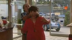 Terry Kearney, Lyn Scully in Neighbours Episode 5952