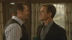 Toadie Rebecchi, Paul Robinson in Neighbours Episode 5952