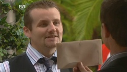 Toadie Rebecchi, Paul Robinson in Neighbours Episode 5953