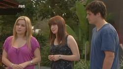 Natasha Williams, Summer Hoyland, Chris Pappas in Neighbours Episode 5953