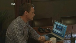Paul Robinson in Neighbours Episode 5953