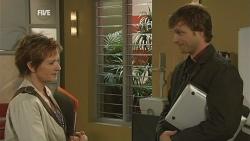 Susan Kennedy, John Bradley in Neighbours Episode 5954