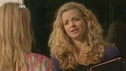 Donna Freedman, Gemma Pickford in Neighbours Episode 5954