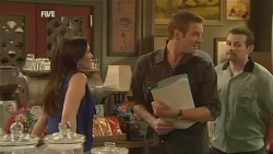 Libby Kennedy, Michael Williams, Toadie Rebecchi in Neighbours Episode 5954