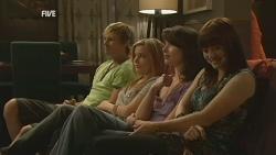 Andrew Robinson, Natasha Williams, Kate Ramsay, Summer Hoyland in Neighbours Episode 5955