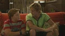 Callum Jones, Andrew Robinson in Neighbours Episode 5955