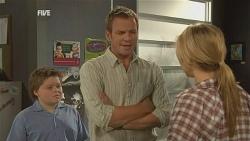 Callum Jones, Michael Williams, Steph Scully in Neighbours Episode 5955