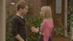 Ringo Brown, Donna Freedman in Neighbours Episode 5956