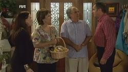 Libby Kennedy, Lyn Scully, Terry Kearney, Karl Kennedy in Neighbours Episode 5957