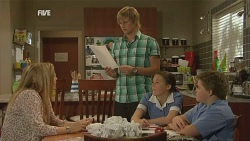 Natasha Williams, Andrew Robinson, Sophie Ramsay, Callum Jones in Neighbours Episode 5957