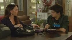 Libby Kennedy, Zeke Kinski in Neighbours Episode 5958