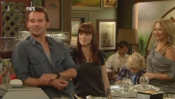 Lucas Fitzgerald, Summer Hoyland, Charlie Hoyland, Steph Scully in Neighbours Episode 5958