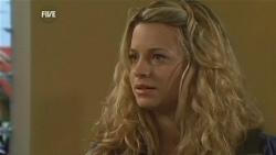 Gemma Pickford in Neighbours Episode 5958