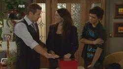 Toadie Rebecchi, Libby Kennedy, Zeke Kinski in Neighbours Episode 5958