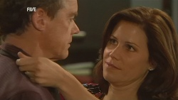 Paul Robinson, Rebecca Napier in Neighbours Episode 5962
